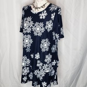 Let it snow half sleeve tiered Tunic by a&d